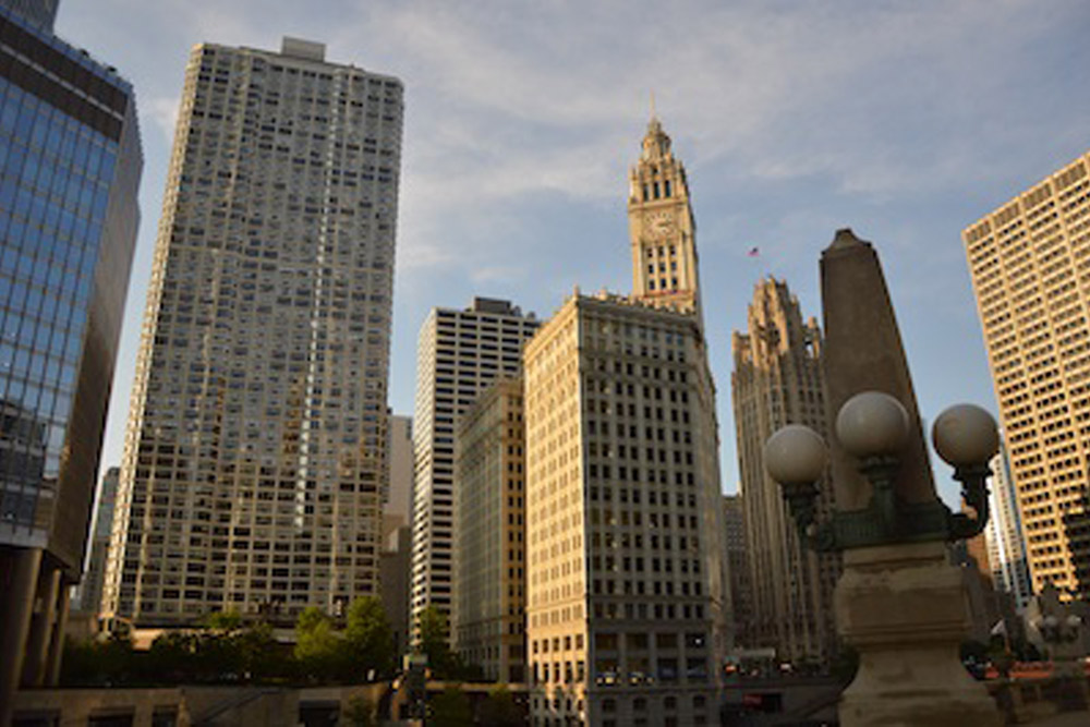 Moving to Chicago? Take Our Advice