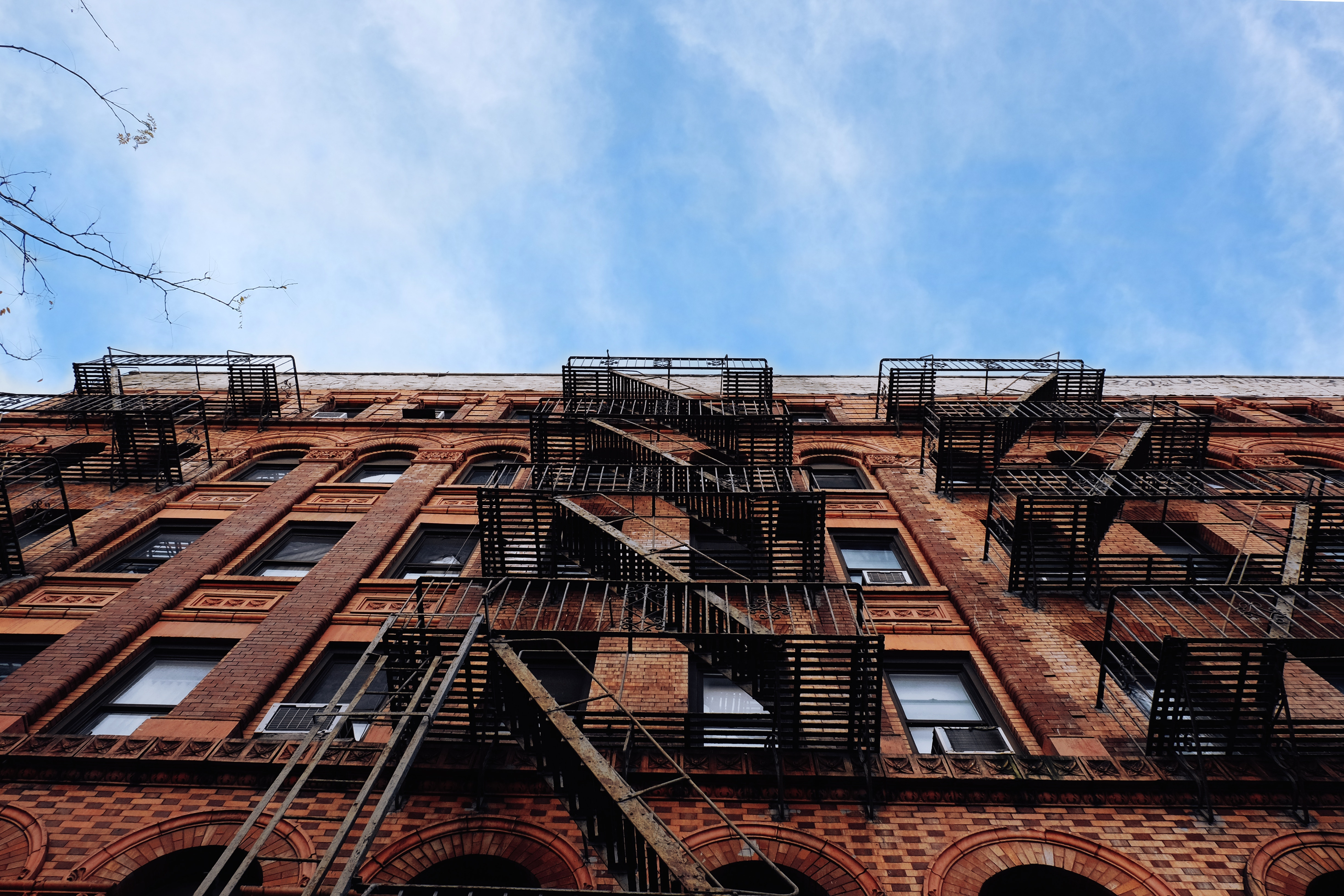 Condo vs. Apartment: Which is Right for You?