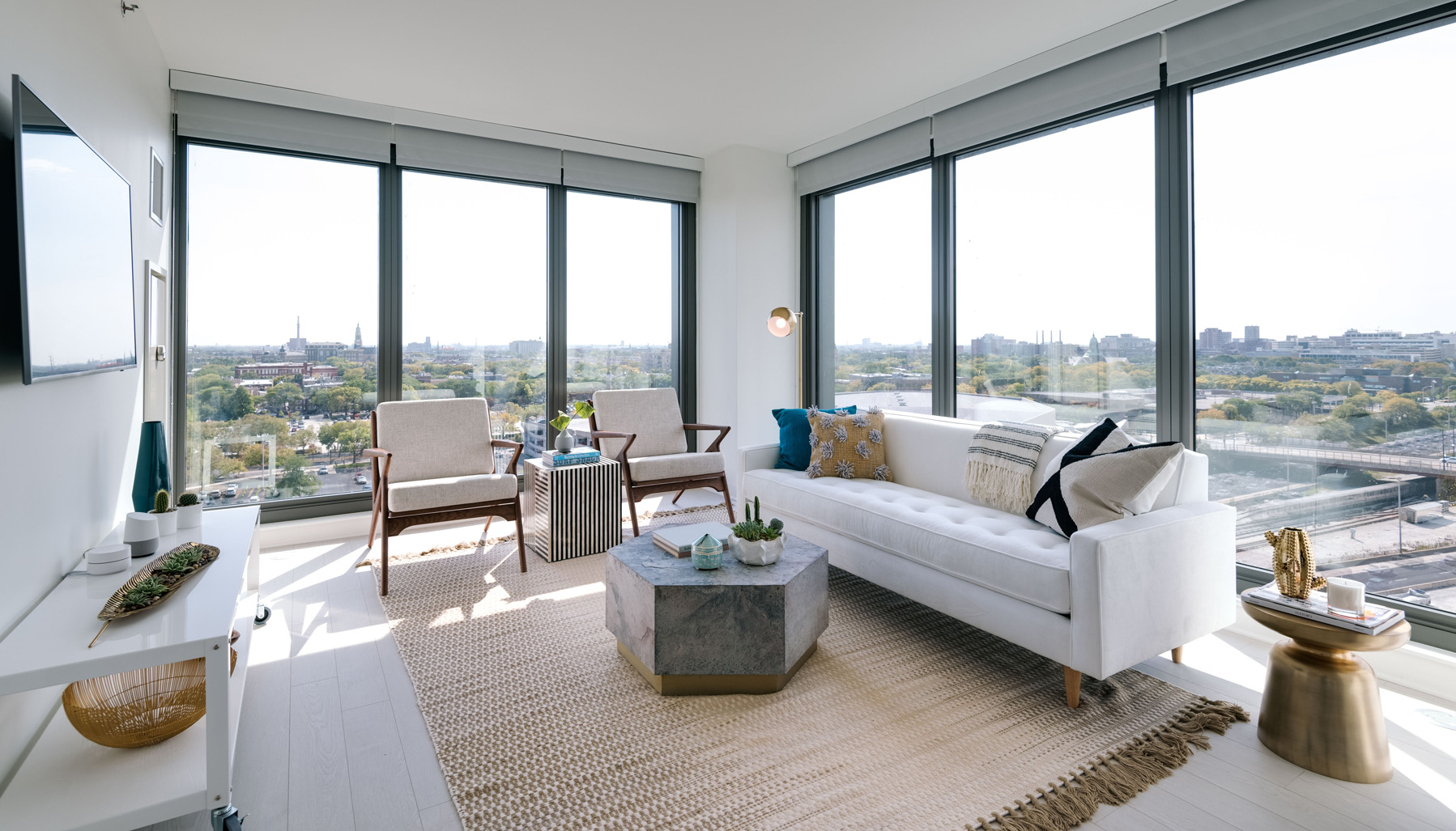 Condo decorating ideas for your living room chicago luxury condos for sale luxury living chicago realty